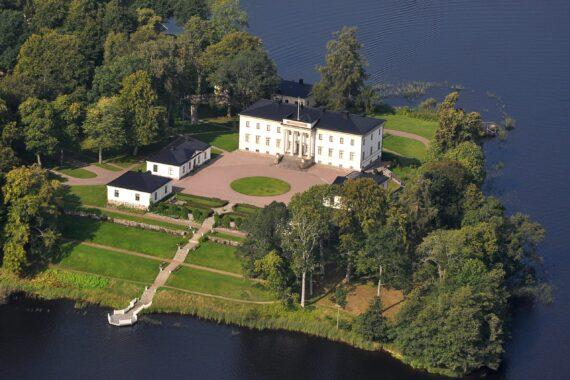 Stjernsunds slott sett från ovan.